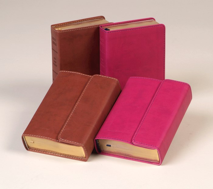KJV Large Print Compact Reference Bible-Berry Flexisoft w/Magnetic Flap (Value Price) | SHOPtheWORD